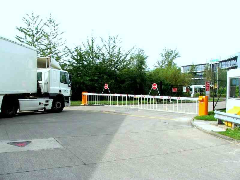 Traffic Barriers | Automatically Controlled Traffic Barriers