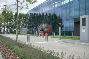 Stainless Steel Automatic Rising Bollard