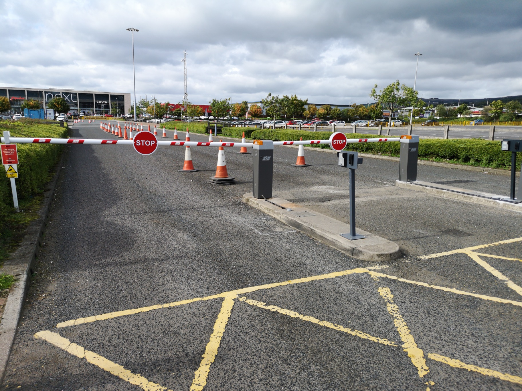 Automatic Barriers, Car Park Barriers & Traffic Barriers